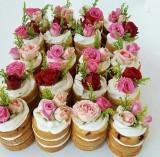 Мини торт с живыми цветами